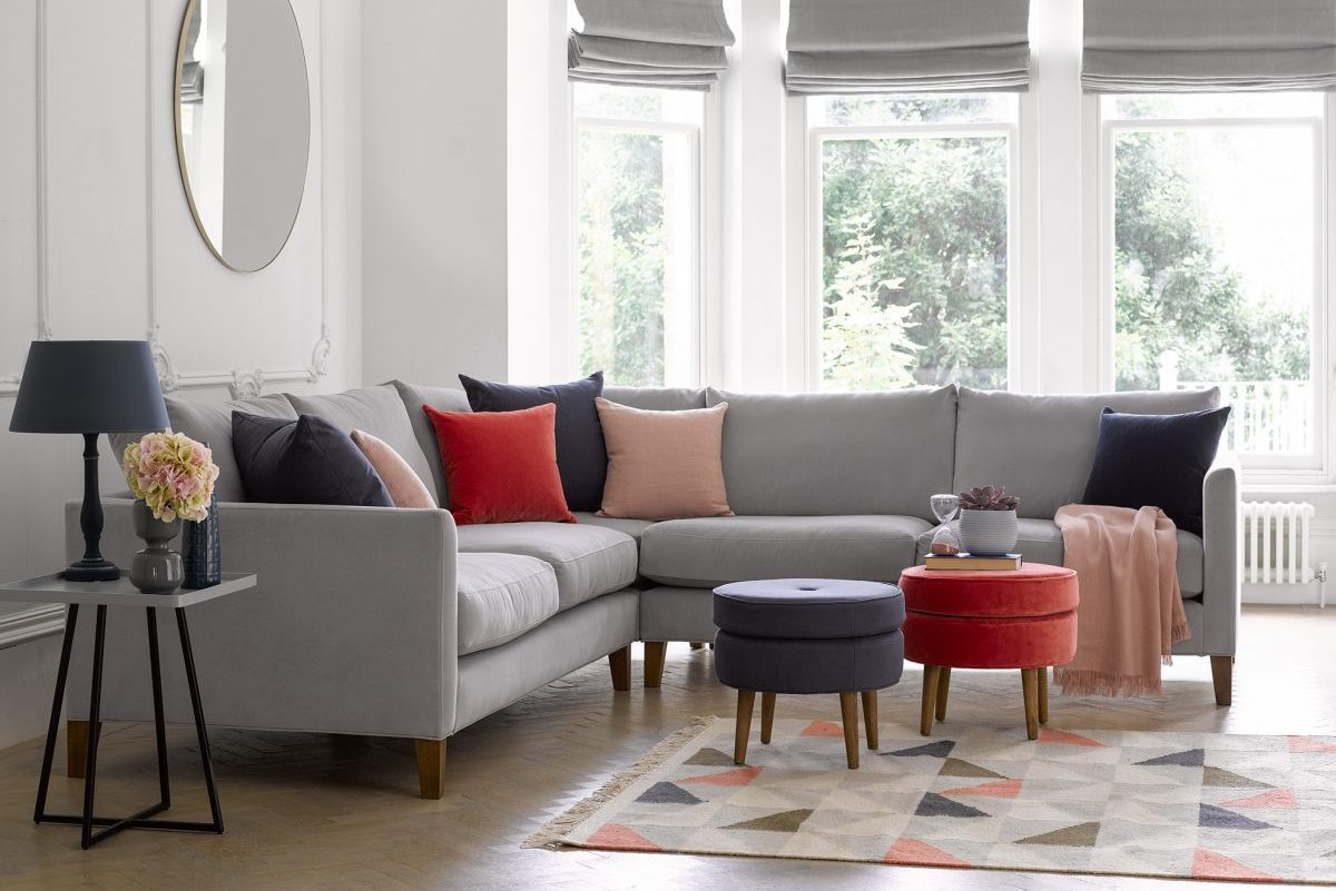Top 3 Fall-perfect and Affordable Sofas for Families
